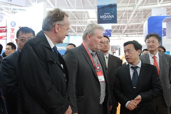 第二十届中国国际渔业博览会在青岛拉开帷幕