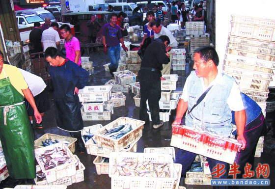 中秋临近,山东青岛抚顺路市场海货交易量大增
