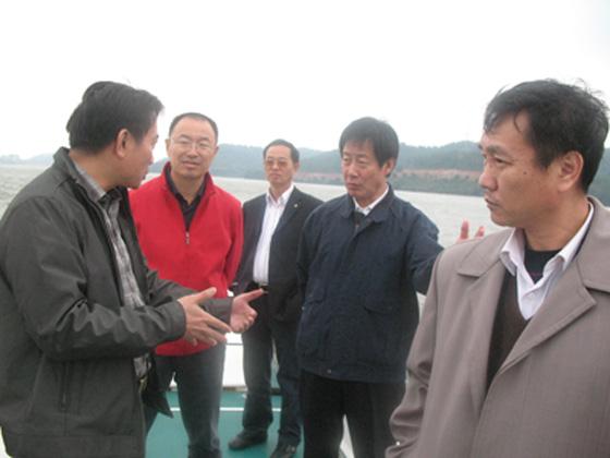 孙喜模一行还考察了省级万安生态水产科技园