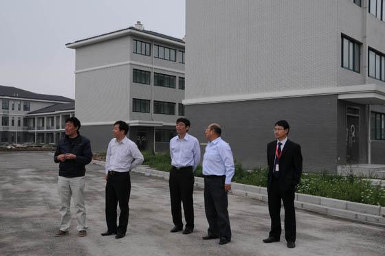 并到公司位于浙江千岛湖和衢州的鲟鱼养殖基地实地了解有关情况