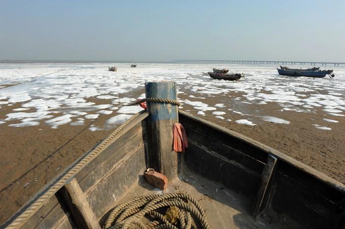 山东青岛开发区认真部署应对海冰 确保海水养殖业