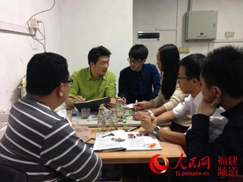 2012创业商机_从玩游戏到做游戏:骨灰级玩家在巨头夹缝中寻创业商机