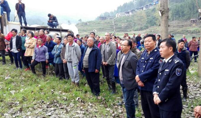 贵州铜仁市思南县举办2016年龙底江水产种质资源保护
