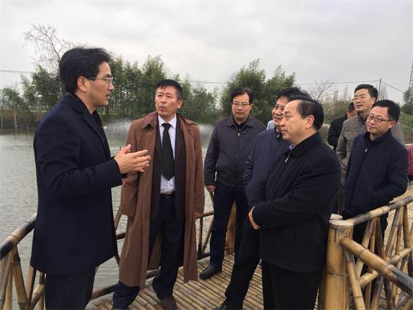 《中国渔业报》汪文社长、省海洋与渔业局陈远景副局长一行来湖州调研