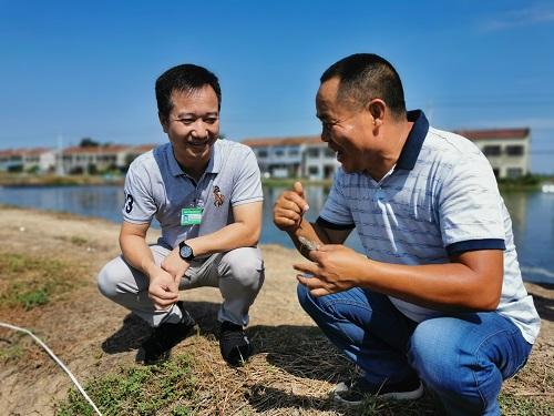"""湖北省级科技特派员为襄州水产产业发展插上 """"科技的翅膀"""""""